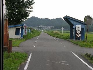 番沢バス停付近