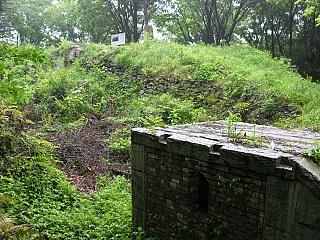 模擬東鶏冠山砲台跡
