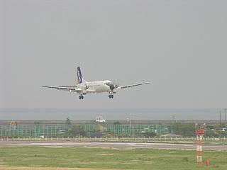 YS-11A-500(JA8766)