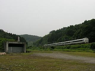 新倶利伽羅トンネル