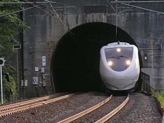 サンダーバード@北陸トンネル