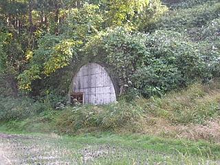 加越トンネル試掘跡?