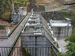 高津戸ダム
