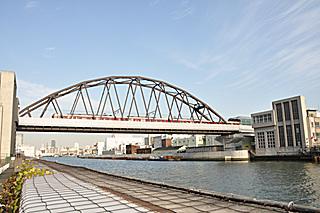 阪神なんば線安治川橋梁 (九条〜西九条間)